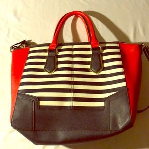 ALDO Pop your style with red blue and white